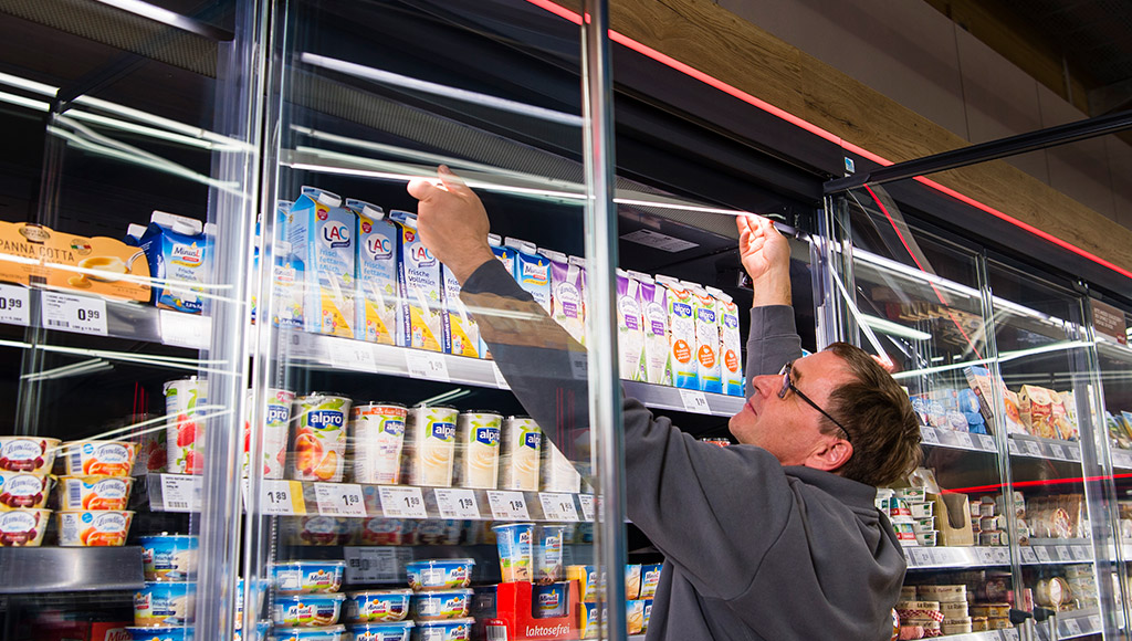 pan-dur kühlmöbel, glasabdeckungen, rollosysteme